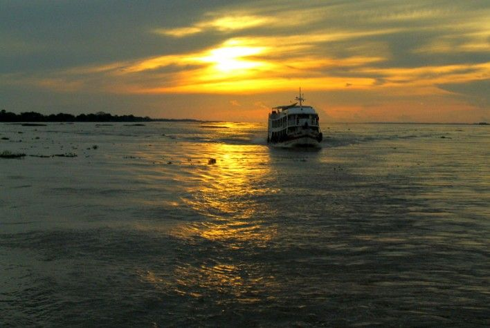 Naufrágio: Barco 'Cidade de Carauari' desaparece no Amazonas