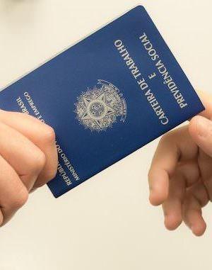 Agências dos Correios poderão emitir carteira de trabalho