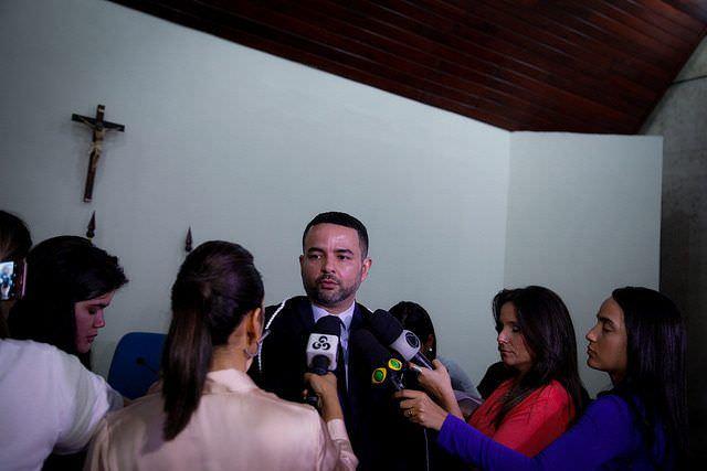 Ausência de réu preso adia julgamento de acusados da morte de delegado em Manaus