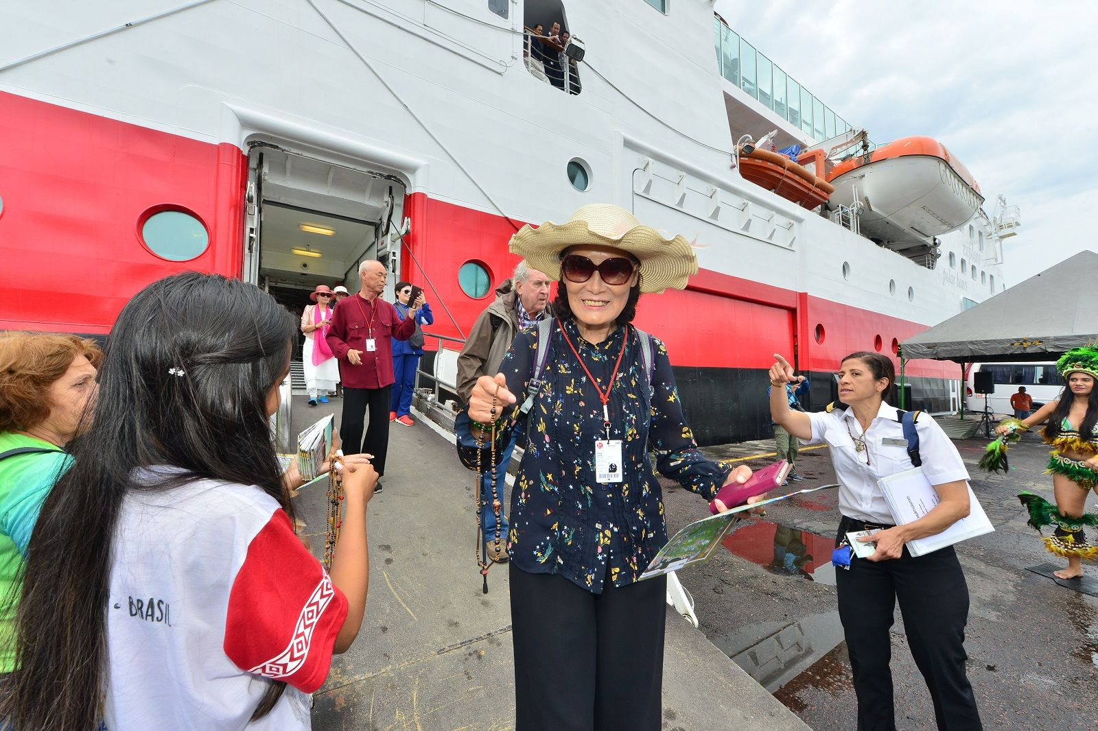 Segundo navio da temporada de cruzeiros aporta em Manaus com 150 turistas