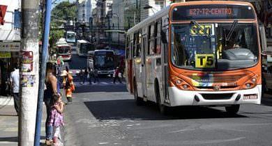 Ônibus vão circular normalmente neste sábado, afirma Sinetram