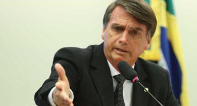 MPF pede aumento de multa para Bolsonaro por preconceito