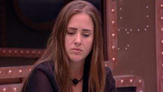 'Não julguem', diz Patrícia após ser eliminada com recorde de votos