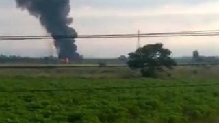 Avião da Força Aérea Brasileira cai no Rio de Janeiro