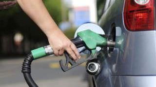Preço da gasolina e diesel cai pelo 2º dia consecutivo