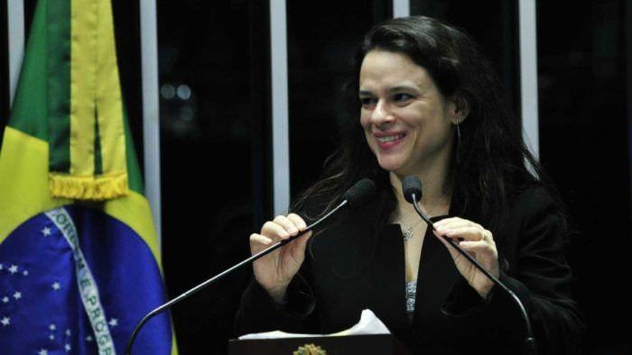 Janaína Pachoal fala sobre ser cotada para vice de Bolsonaro