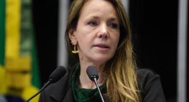 Vanessa Grazziotin vira assessora de deputada por salário de R$ 11,7 mil