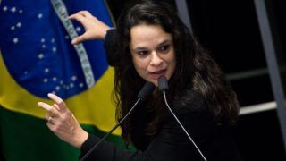 'Primeiro ele fala, depois ele pensa', diz Janaina Paschoal sobre Bolsonaro