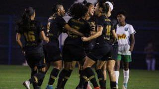 Times tradicionais no futebol feminino reclamam de chegada dos 'ricos'