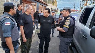 Mais de 220 pessoas são presas durante operação policial em Manaus