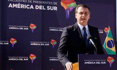 Bolsonaro diz que Brasil não tem intenção de intervir na Venezuela