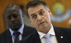 Bolsonaro diz que atritos com Congresso existem porque alguns não querem largar a velha política