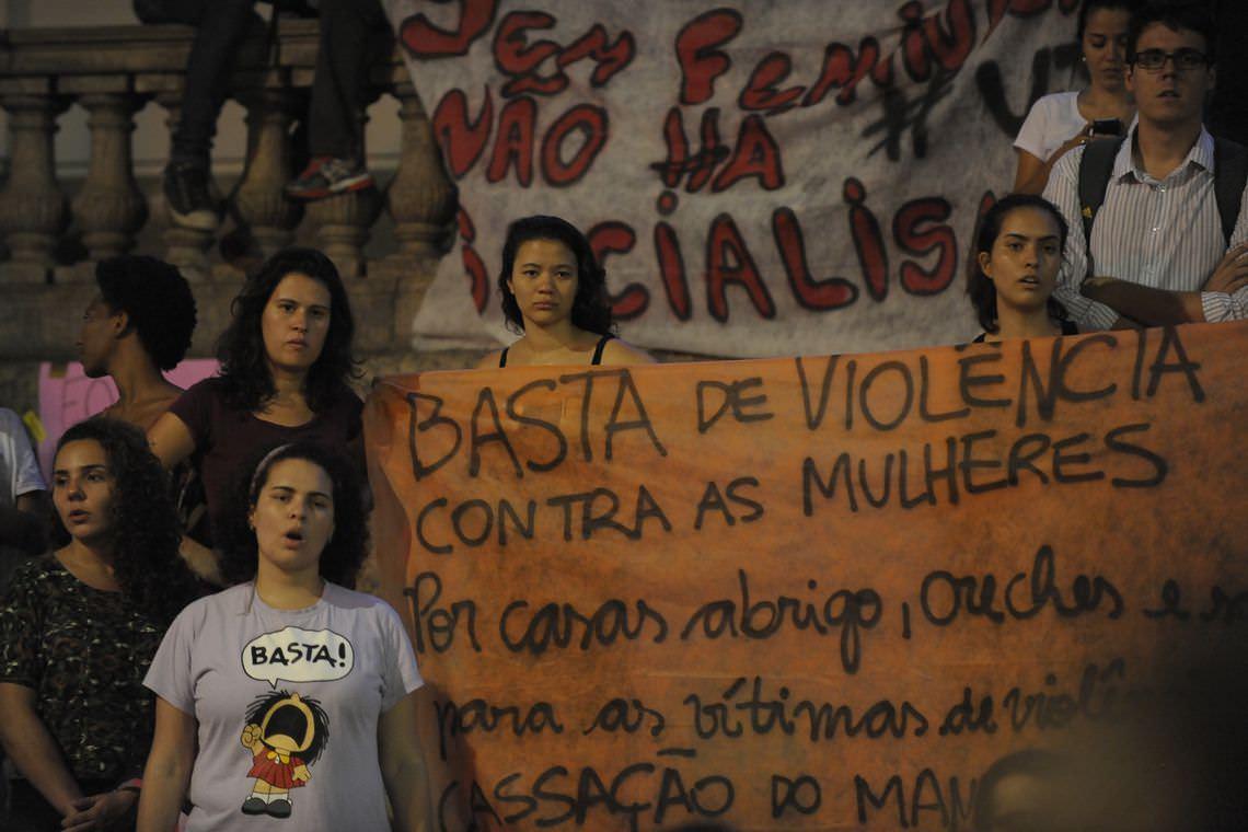 Governo lança aplicativo SOS Mulher para vítimas de violência em SP