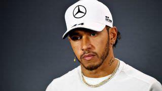 Hamilton vê Leclerc com talento 'ofuscado' na Ferrari