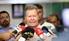 """""""Não acredito na greve, acredito no bom senso"""", diz Arthur Neto"""