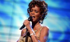 Whitney Houston pode voltar aos palcos em holograma