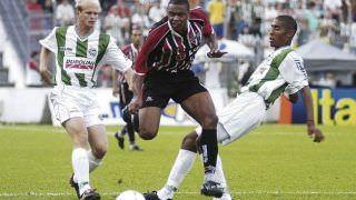 Aos 37 anos, Julio Baptista anuncia aposentadoria do futebol