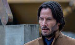 Keanu Reeves revela que foi apaixonado por Sandra Bullock