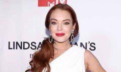 Lindsay Lohan assina com gravadora e retoma a sua carreira de cantora