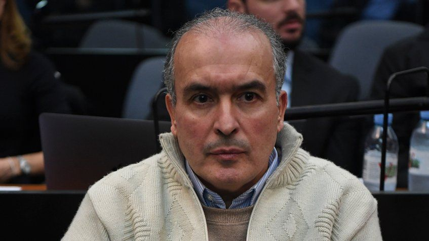 Ex-secretário de obras de Kirchner é condenado por enriquecimento