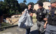 Corpo de um menino é achado enterrado dentro de casa, em Manaus