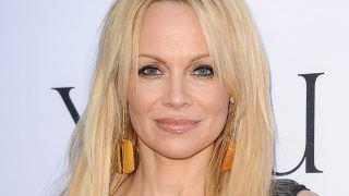 Pamela Anderson termina namoro com jogador francês