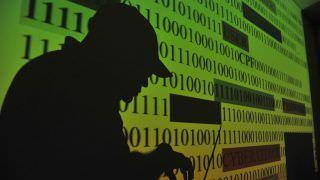 Autoridades e pesquisadores debatem adoção da lei de proteção de dados
