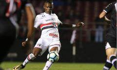 Arboleda revela que 'há possibilidade' de deixar São Paulo