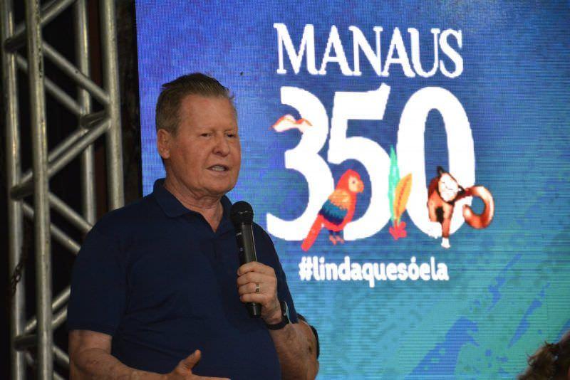 Prefeito de Manaus, Arthur Neto, passa por cirurgia no joelho