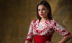 Bruna Marquezine nega que tenha conhecido ex de Kardashian por app