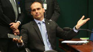 Senador do AM diz que filho de Bolsonaro como embaixador é brincadeira