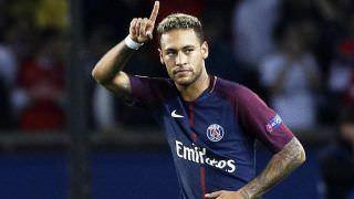 Neymar aceita viajar com PSG à China, mas insiste em saída