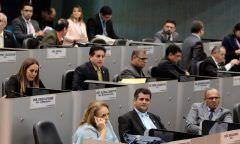 Com subsídio de R$ 15 mil, vereadores pedem doação de camisa do Manaus FC