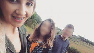 Mãe defende filho que matou irmã de 12 anos a marteladas