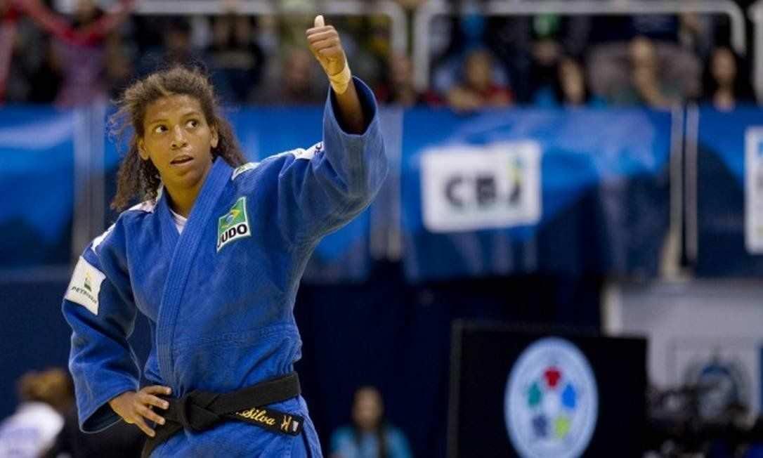 Rafaela Silva é bronze e Brasil conquista a primeira medalha no Mundial