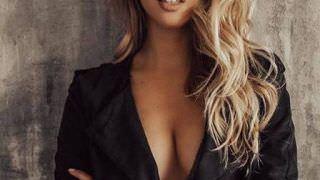 Namorada russa de jogador encanta e surge como musa do Brasileirão