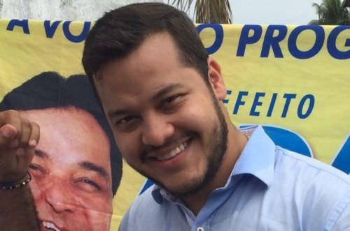 Após ter prisão decretada, prefeito de Coari Adail Filho está foragido
