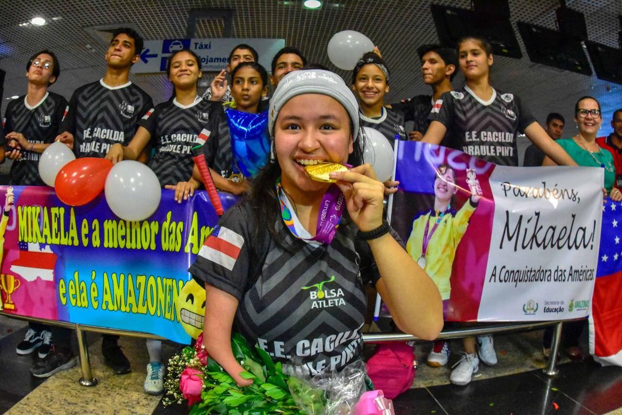 Atleta amazonense ouro no Parapan-Americano é ovacionada em Manaus