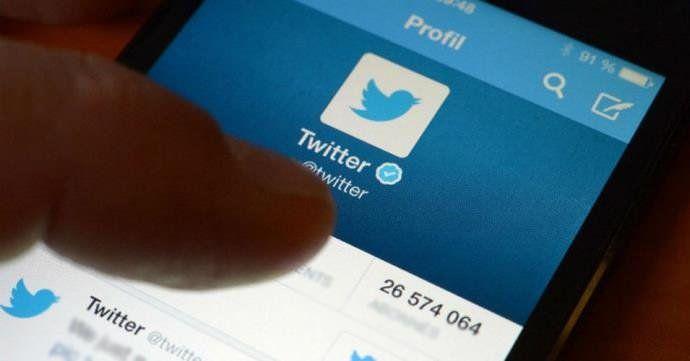 Twitter atende STF e retém 16 contas de perfis bolsonaristas