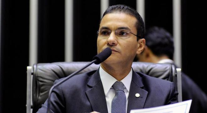 Republicanos emite nota de repúdio contra fala de Eduardo Bolsonaro