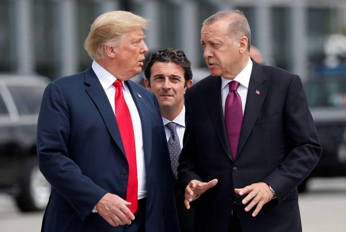 Trump anuncia fim de sanções contra a Turquia após acordo com a Rússia