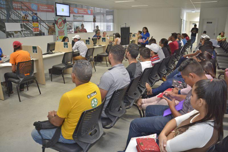 Sine Amazonas tem 70 vagas disponíveis para esta terça-feira