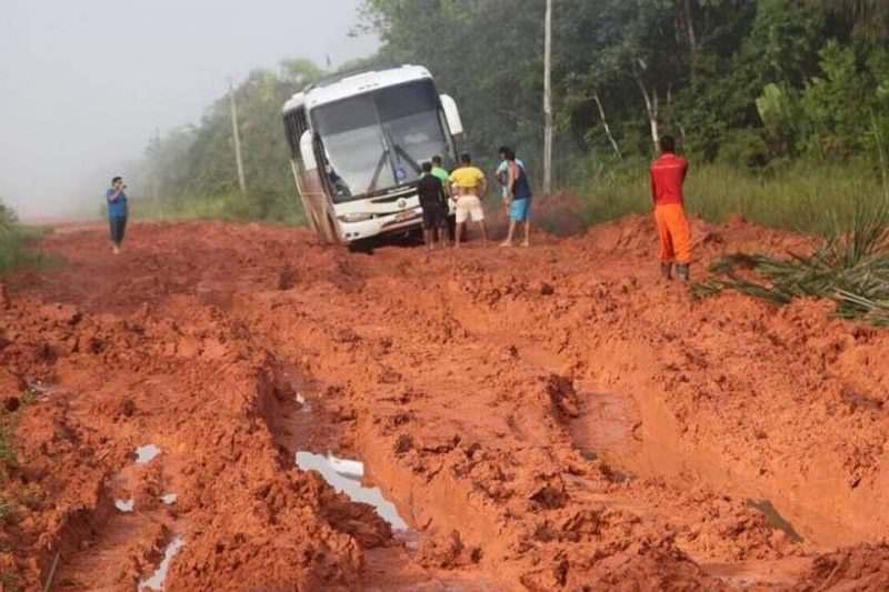 Justiça barra obras em trecho da BR-319 por falta de licenciamento ambiental