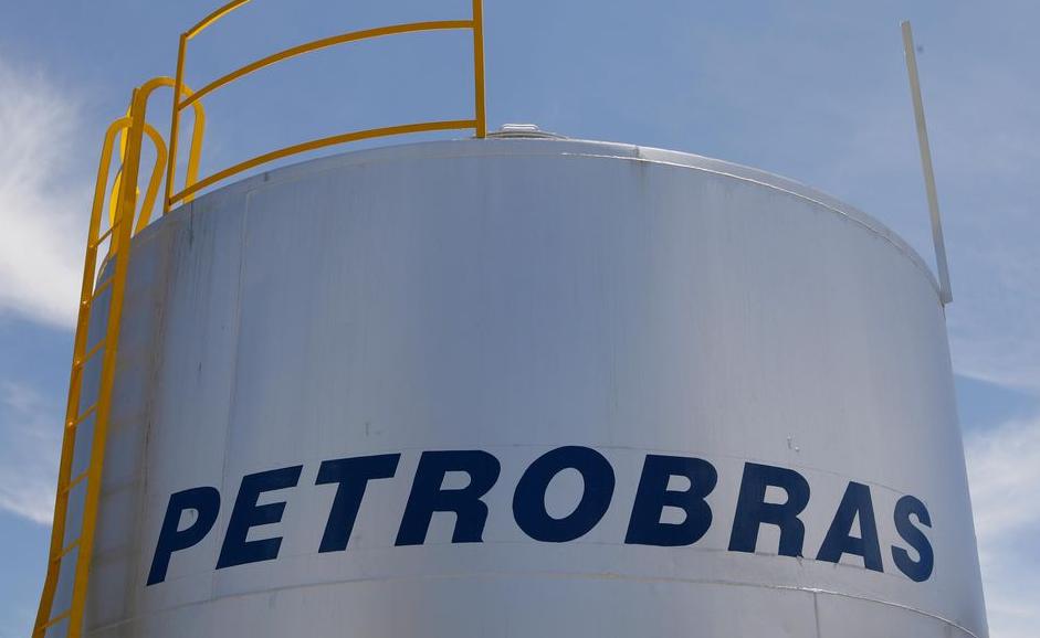 Petrobras foca pré-sal no Rio e esvazia litoral de São Paulo