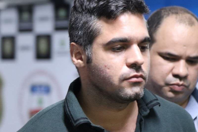 'Não procede que primeira-dama tentou burlar visita a Alejandro', diz defesa