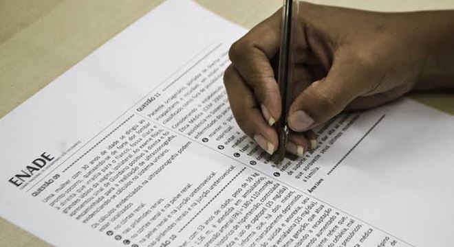 Faltosos do Enade precisam justificar ausência no exame