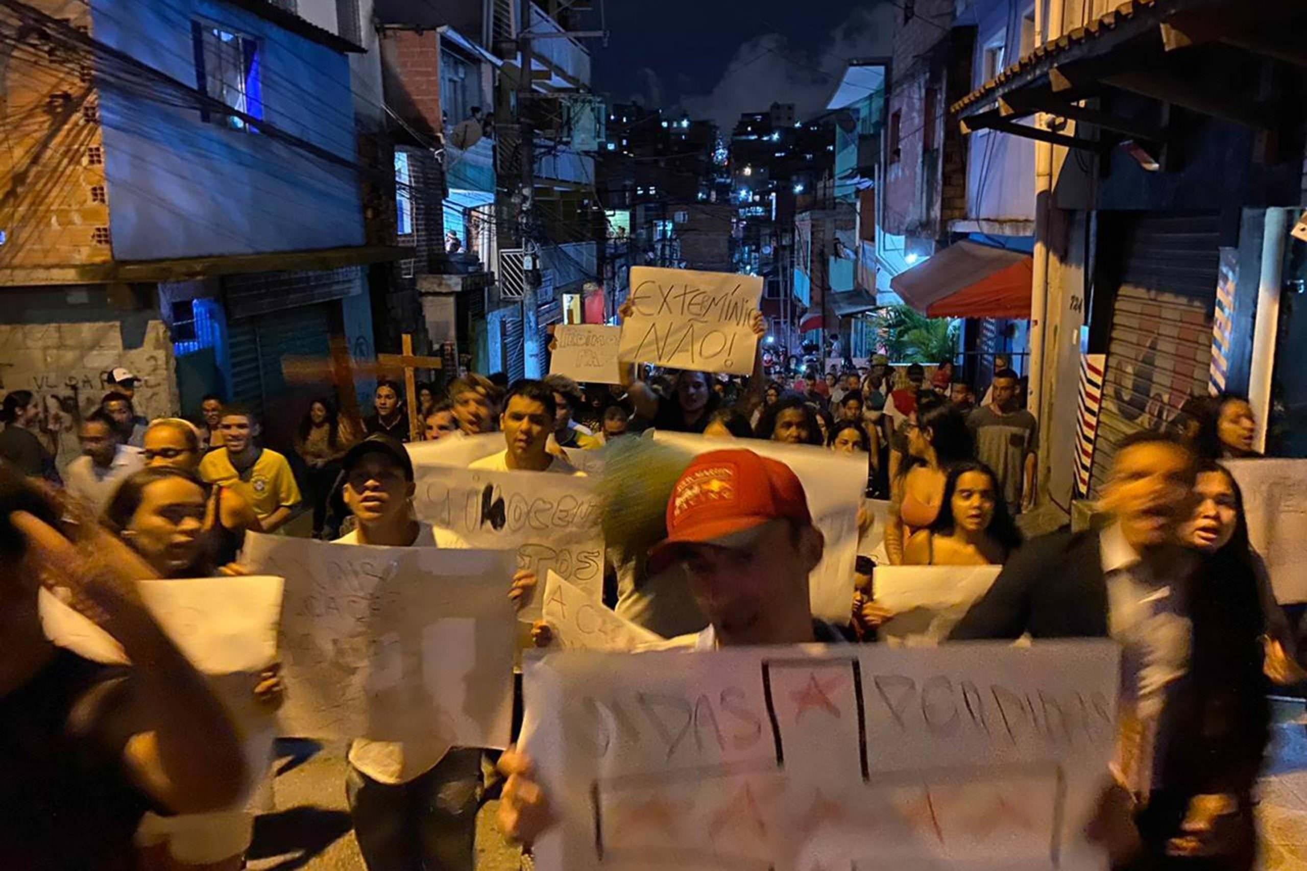 Anitta fala sobre mortes em Paraisópolis 'isso é uma coisa do governo'