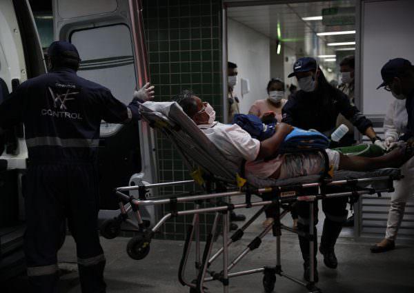 Amazonas confirma mais 493 casos de covid e ultrapassa 324 mil infectados