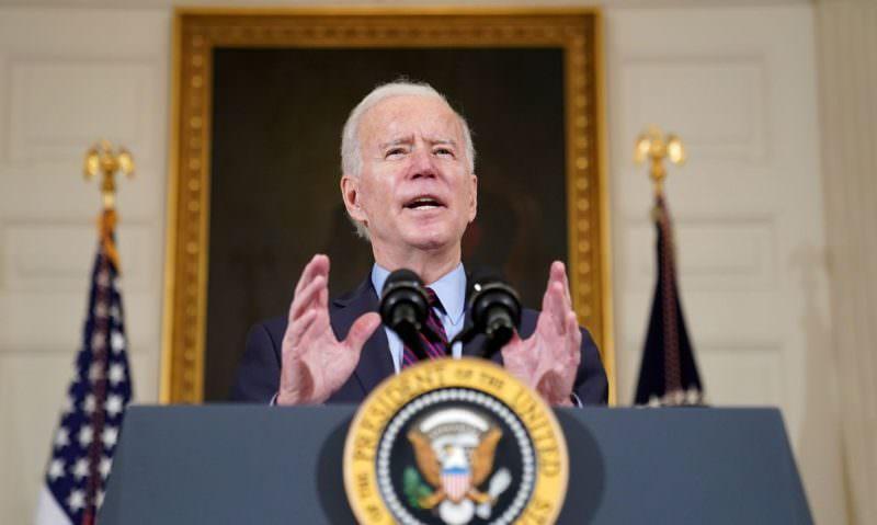 Para diminuir a violência, Biden anuncia medidas de controle de armas nos EUA