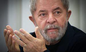 Lula supera Bolsonaro em potencial de voto para 2022, mostra pesquisa